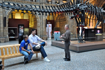 Yao Ming, Peter Knights and Dr. Samuel Turvey discuss mass extinction events