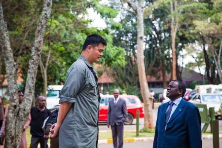 Yao Ming and the Director of Kenya Wildlife Service