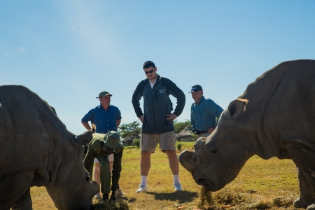 Yao Ming Meets Najin and Suni, Two of the World's Remaining 7 Northern White Rhinos